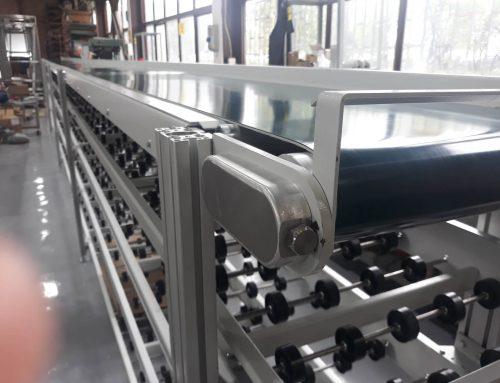 Система от транспортьори за пренос на пълни кашони в логистичен център